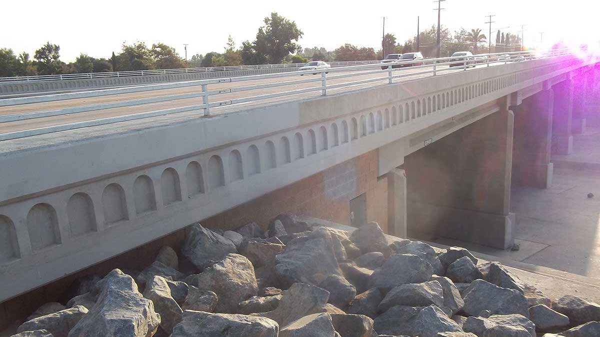 Edinger Avenue Bridge Widening Project